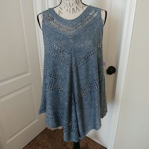 NWT UMGEE crocheted look, vest/poncho M